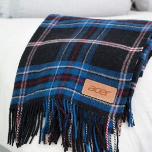 Wellington Plaid Wool Blanket (Leatherette Patch)